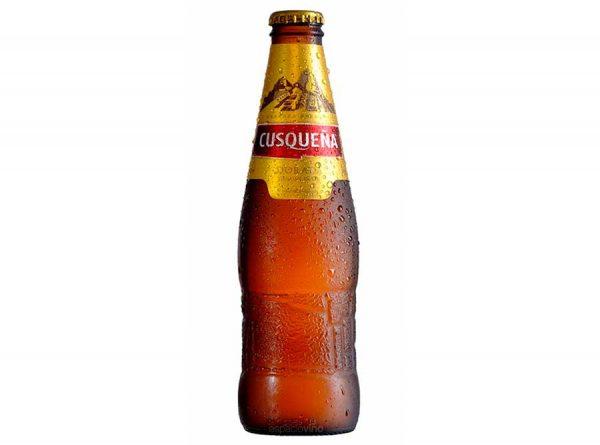 Esta es una cerveza Lager, tipo Pilsener, elaborada con cebada malteada pura y lúpulo saaz.